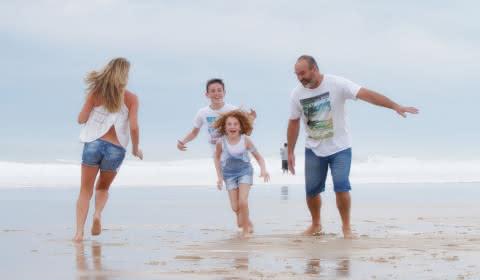 Famille océan plage de Lacanau - Médoc Atlantique