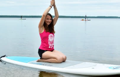 Stand up paddle yoga - activités nautiques © Médoc Atlantique Activités nautiques Stand Up Paddle