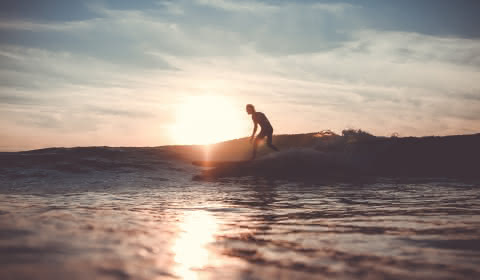 surfeur-coucher-de-soleil-greg-bronard
