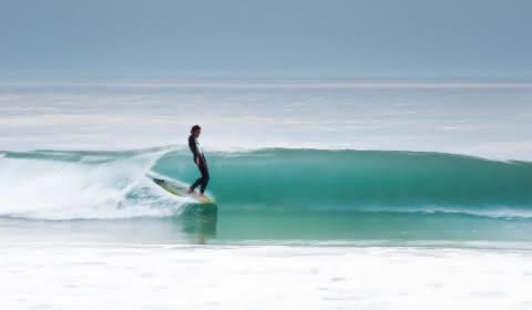 Surfeur - © Greg Bronard
