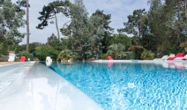 activite-PISCINE-Camping-des-Pins-Gironde-Soulac-sur-Mer