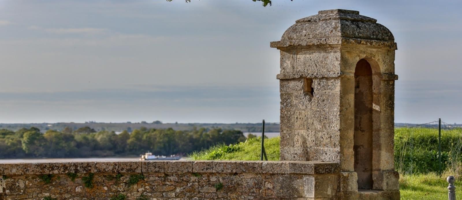 citadelle-Blaye-Unesco-place-d-armes-800x600---credit-Blaye-tourisme-Steve-Le-Clech