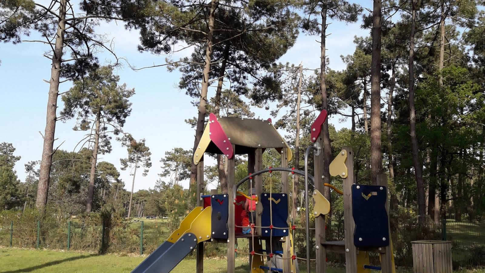 Aire de jeux Montalivet3