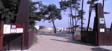 Aire de stationnement et de services pour camping-car à Soulac-sur-Mer