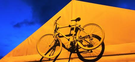 BICYCL JAUNE JAUNE